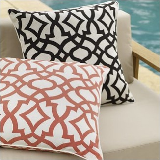 Outdoor pillows3