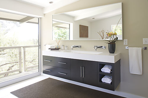 Valley Oak Master Bathroom